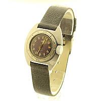 Чайка амфибия женские механические часы СССР