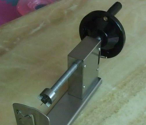 Ручной аппарат для нарезки картофеля