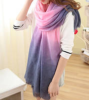 Стильный женский шарф в фиолетово-розовых тонах