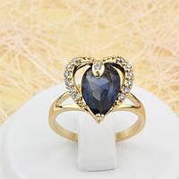 002-1583 - Позолоченное кольцо Сердце с синим и прозрачными фианитами, 18 р.