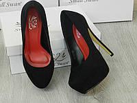 Туфли в стиле Christian Louboutin