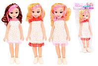 Кукла в легком платье