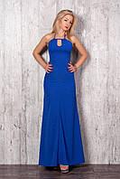 Нарядное летнее платье в пол с наполовину открытой спиной цвета электрик
