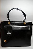 Классическая черная сумка с встаками из натуральной кожи