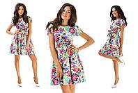 Женское цветное платье с бантом на поясе