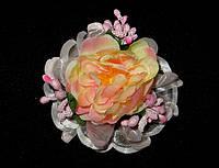 Заколка ручной работы букет цветов, розового цвета