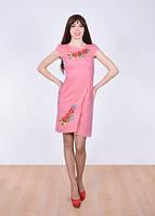 Розовое вышитое платье с коротким рукавом