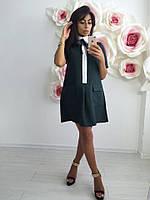 Короткое женское платье из габардина с карманами