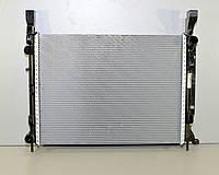 Радиатор охлаждения двигателя на Renault Kangoo II 2008-> 1.5dCi (+AC) — Renault (оригинал) - 8200418329