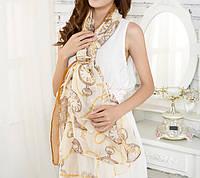 Стильный легкий женский шарф с принтом желтого оттенка