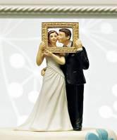 Оригинальная фигурка жениха и невесты на свадебный торт