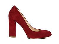 Женские замшевые туфли-лодочки на толстом каблуке (красные)