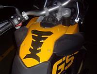 PROGRIP Наклейка на бак мотоцикла малая SAVE TANK SMALL CARBON артикул 5000 CARBON PROGRIP