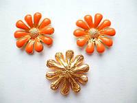 Серединка цветочек оранжевый 18 мм