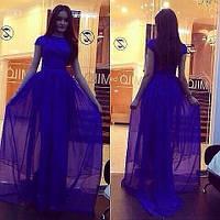 Длинное платье в пол с коротким рукавом