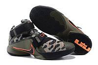 Баскетбольные кроссовки Nike Zoom LeBron Soldier 9 Camo Olive Orange оригинальные