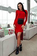 Короткое платье с карманом, удлиненное сзади