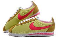 Стильные женские кроссовки  Nike Cortez