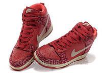Женские кроссовки Nike DUNK High (red)