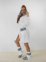 Махровый белый халат с сапожками в комплекте