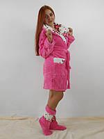 Розовый с цветами махровый халат с капюшоном  в комплекте с сапожками
