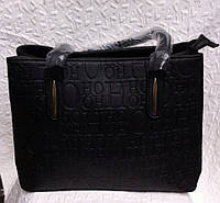Женская черная сумка с буквами