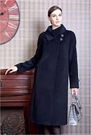 Кашемировое пальто с потайной застежкой и воротником,декорированное фурнитурой