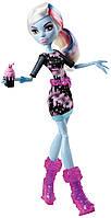 Monster High (Монстер Хай) Эбби Боминейбл (Abbey Bominable) из серии Коффин Бин