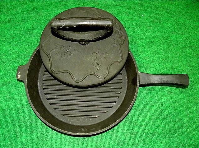 Сковорода гриль с крышкой прессом