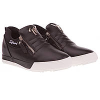 Модные туфли женские Gelsomino (черного цвета, на скрытой танкетке, с замками по сторонам, модные, стильные)