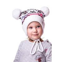 Тепленькая детская шапочка на девочку с мишкой и помпонами