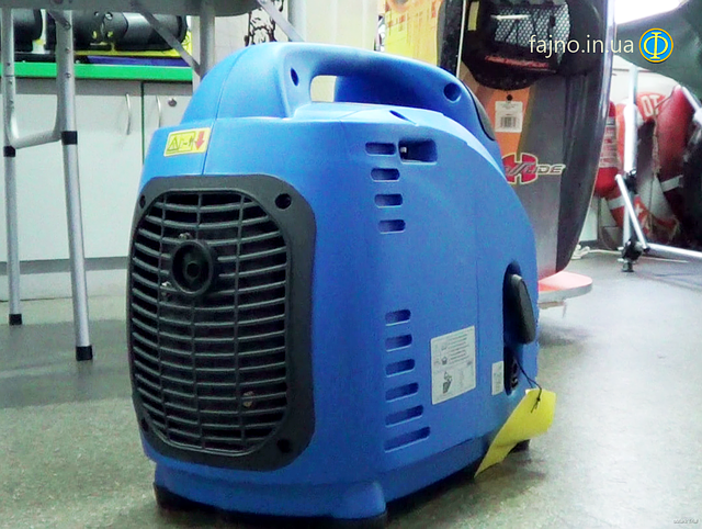 Weekender 1500i инверторный генератор фото 5