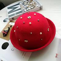 Шляпа женская фетровая котелок с бусинами красная