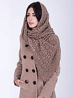 Теплая ажурная шаль