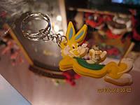Брелок на ключи кролик заяц новый желтый