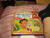 На английском языке книга красивая детская dora