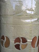 Недорогое махровое полотенце. Размер: 1,5 x 1,0
