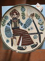 Тарелка на стену (рисунок девушка) СССР надбита