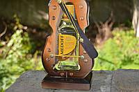 Скрипка - подставка под бутылку, водка 100г, код дер-20