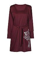 Трикотажное женское платье большого размера с манжетами на рукавах, с ярким принтом.