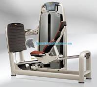 Жим ногами TECHNOGYM M951 LEG PRESS