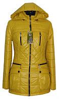 Стильная женская осенняя куртка желтого цвета