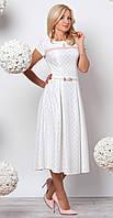 Женское вечернее платье молочного цвета длиной миди с коротким рукавом. Модель 944.