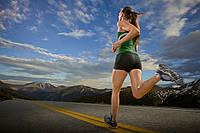 Спортивный костюм для прогулок - неотъемлемый атрибут женского гардероба