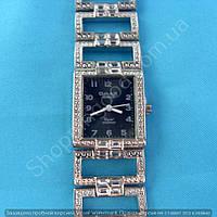 Часы Omax JES006 114298 серебристые с черным женские прямоугольные на браслете кварцевый механизм Япония