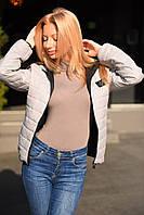 Демисезонная женская стеганая куртка с капюшоном