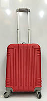Чемодан 1718 дорожный среднего размера красный