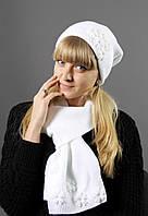 Нарядный белый комплект с шапкой и шарфом