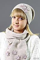 Вязаный комплект с шарфом и шапкой
