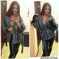 Женское стильное пальто удлиненное сзади